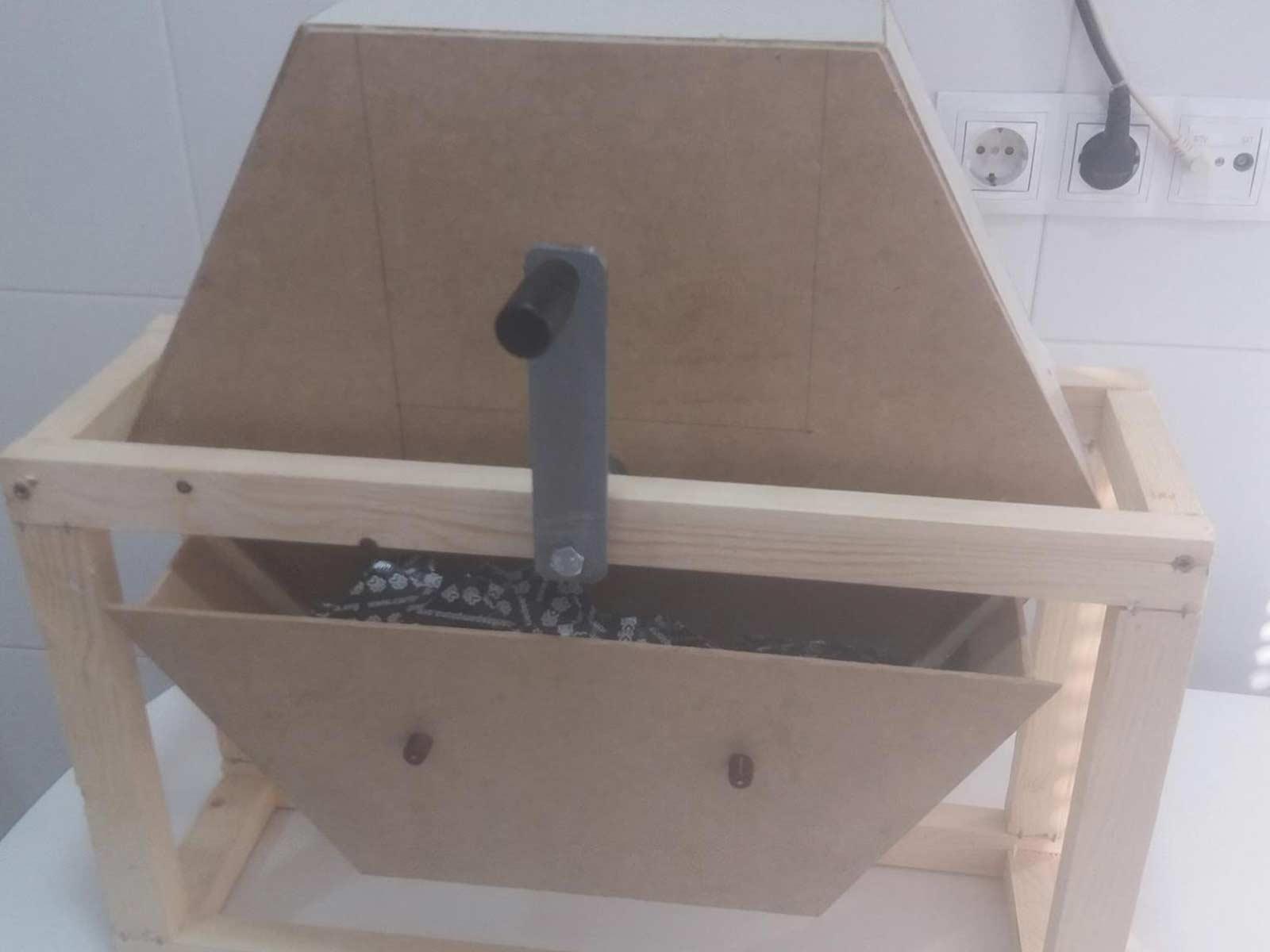 Segunda prueba: Urna vertical